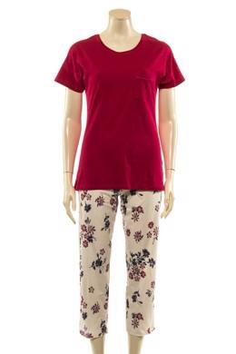 8537faeab57e Kortærmet pyjamas i mørk pink med blomstret bukser